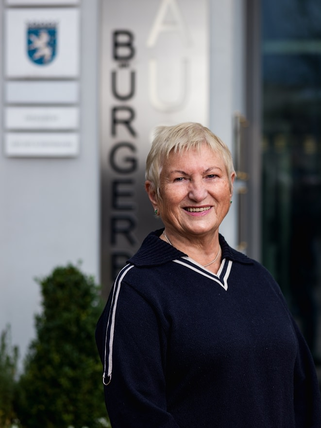 Portraitfoto Dr. Olga Kacer