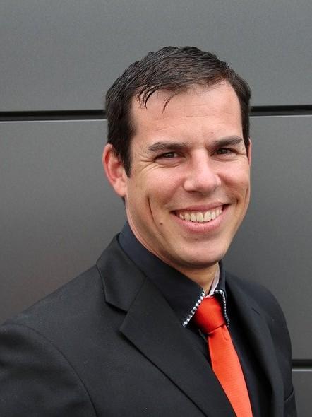 Dennis Seeger